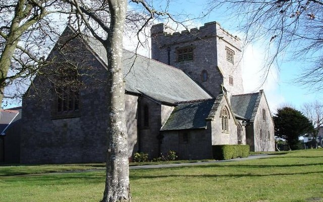 Christ_Church,_Bryn-y-Maen
